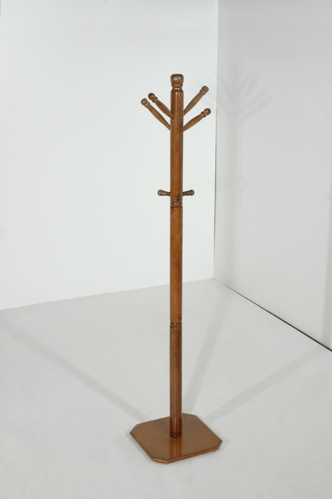 Coat stands lathing from 35 €