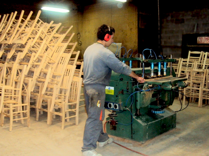 Here in the processing of wood by our experienced staff