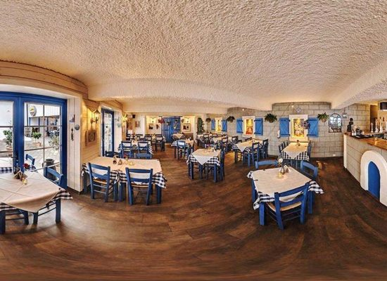 Bakgården Restaurant - Cafe - Bar